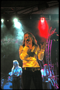 Sonja Volz - Vocals